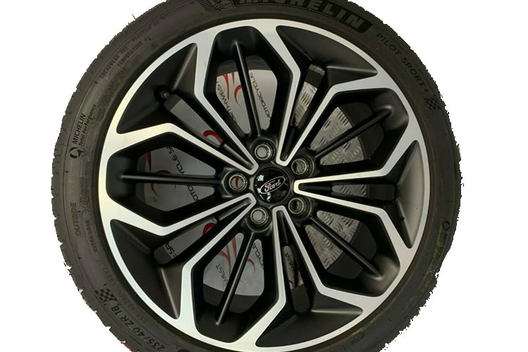 Ford_Focus_ST-Line_2019_wheel_no tyre