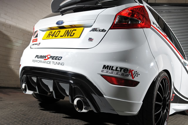 Ford Fiesta Mk7 Rear Valance Deal With Dual Outlet Exhaust at Pumaspeed