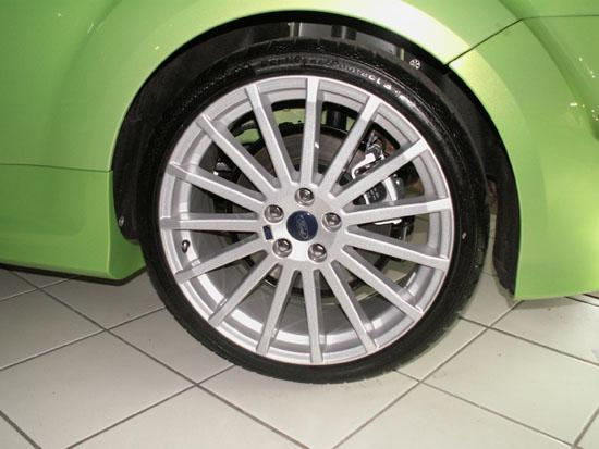 New focus rs mk2 19 inch wheel each focus mk2 alloy wheels fit the st focus publicscrutiny Image collections